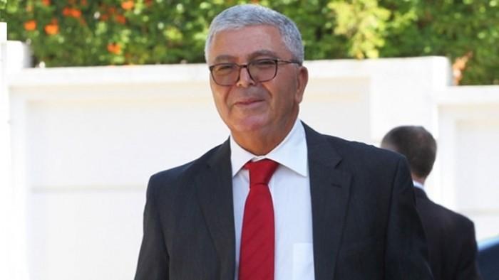 """الرئاسة التونسية توضح حقيقة استقالة وزير الدفاع الوطنى """"الزبيدي"""""""