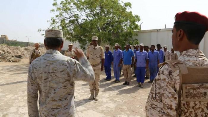 محافظ حضر موت يتفقد شعب ووحدات المنطقة العسكرية الثانية (صور)