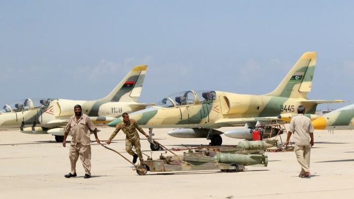 """الجيش الليبي يقصف مواقع للطائرات التركية بمصراتة واشتباكات بمدينة """"مرزوق"""""""