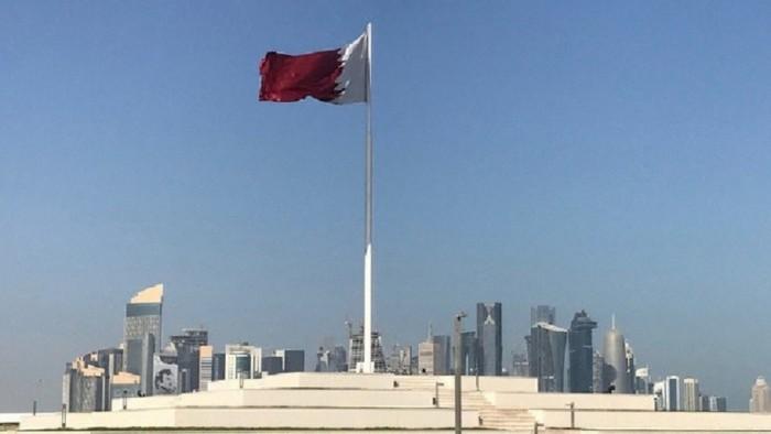 صحفي سعودي يكشف أسباب عزلة قطر