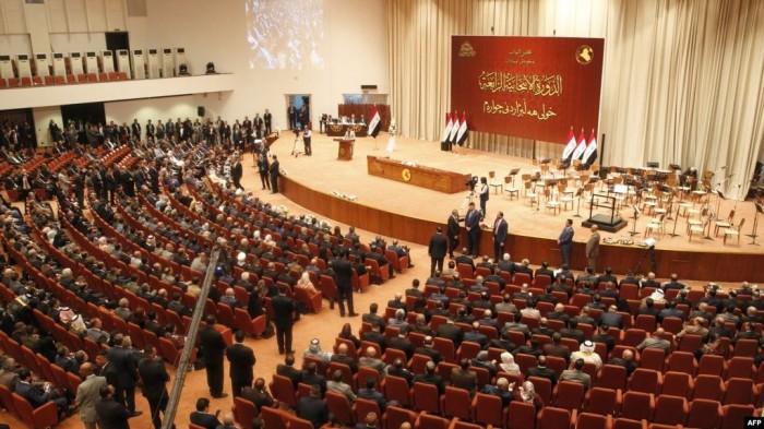 العراق يعتزم العودة إلى العملة المعدنية القديمة