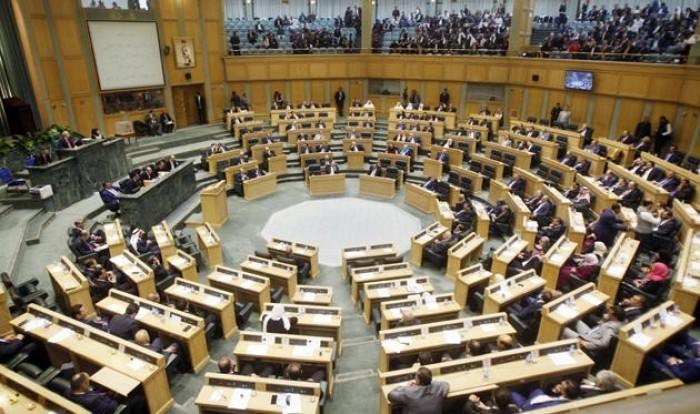 البرلمان الأردني يطالب بطرد السفير الإسرائيلي واستدعاء الأردني
