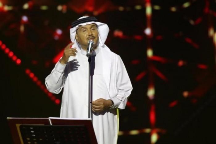 بعد شائعة وفاته.. روتانا تعلن عن موعد حفل محمد عبده في مصر