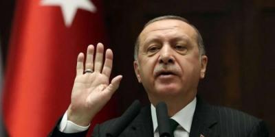 بعد اعتقال المئات وإقالة 3 رؤساء بلديات.. هل ينفذ اردوغان انقلابًا على الديمقراطية؟