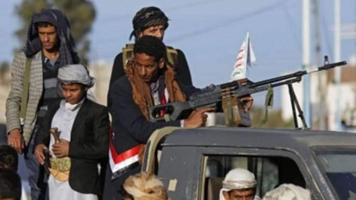 انفلات أمني ومواقع عسكرية مدمرة.. الحوثي يرتبك في صنعاء