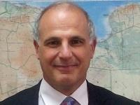 السفير البريطاني في اليمن: لايحق للحوثيين تعيين سفراء في الخارج