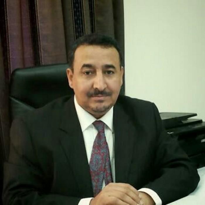 الربيزي: من يتمرد على قائد الحزام الأمني بأبين سيضع نفسه بصفوف الإرهاب