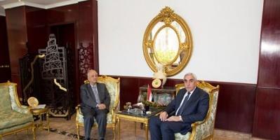 سفير العراق بمصر يستقبل رئيس البعثة السورية في القاهرة