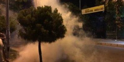 تركيا تطلق مدافع المياه والغاز المسيل للدموع لتفريق متظاهرين معترضين على مسئولين