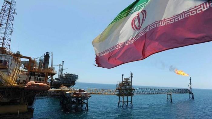 أمريكا تحجب 2.7 مليون برميل من نفط العدو الإيراني عن السوق