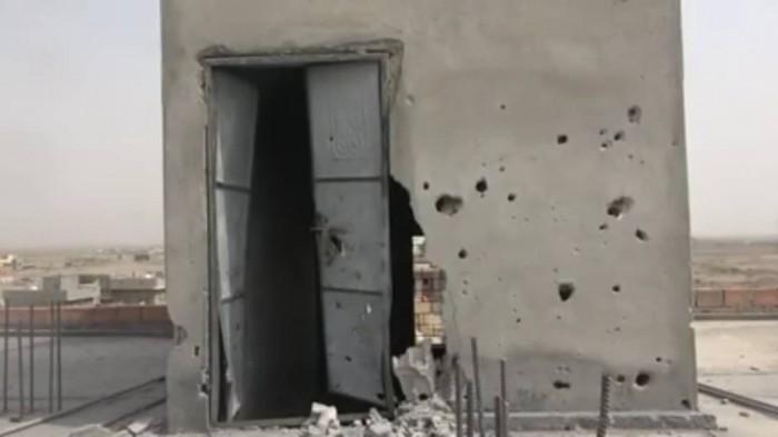 مليشيات الحوثي تقصف منازل المواطنين في حيس بالحديدة (فيديو)