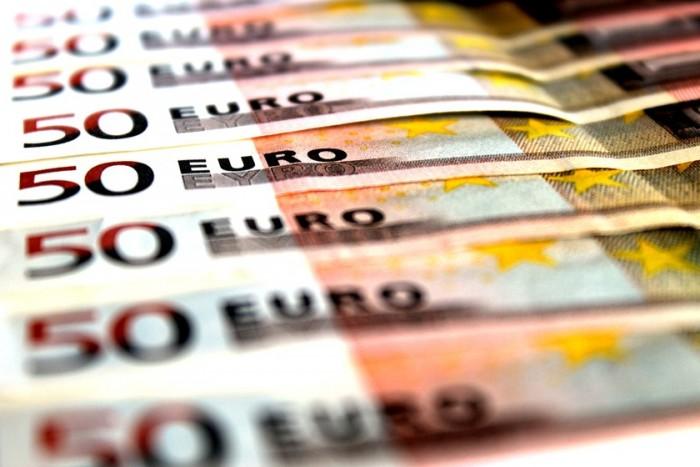 بفضل التراجع عن الانتخابات المبكرة.. السندات الإيطالية تقود مسيرة مكاسب الأوراق المالية لمنطقة اليورو