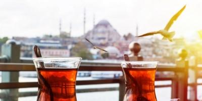 """غضب بالشارع التركي عقب رفع أسعار """"الشاي"""" بالبلاد لـ 15%"""