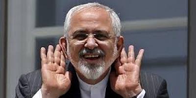 أكاديمي إماراتي يُوجه رسالة نارية إلى وزير خارجية إيران