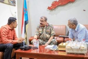 اللواء بن بريك يلتقي رئيس انتقالي سيئون لبحث مستجدات الأوضاع في وادي وصحراء حضرموت