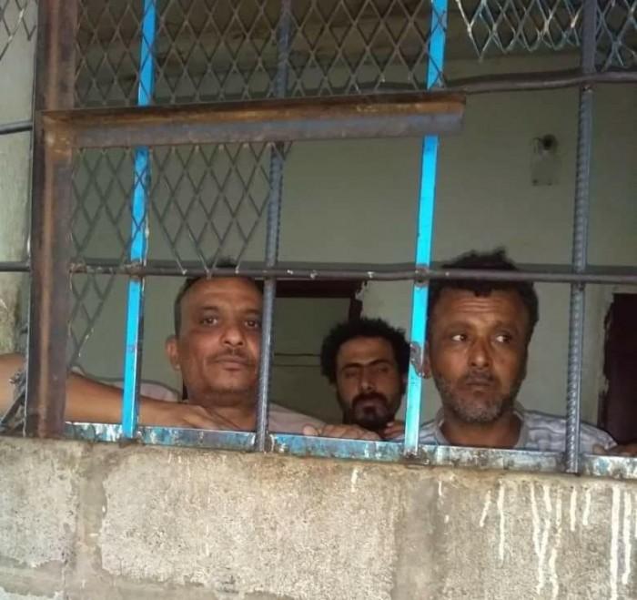"""السلطات الأمنية بمأرب تعتقل مدير مكتب """"سبأ"""" وتهدده بالتصفية الجسدية"""