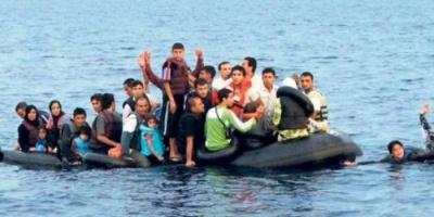 القوات البحرية التونسية تُنقذ 11 مهاجرًا من الغرق