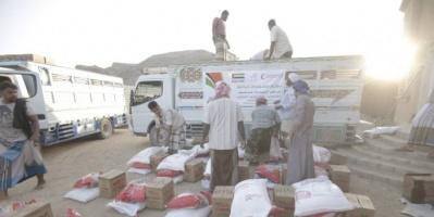 توزيع مساعدات إماراتية على 2000 أسرة في مديرية ساه