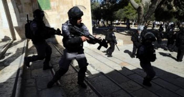 الاحتلال الإسرائيلي يغلق الطرق الرئيسية لقرى غرب رام الله