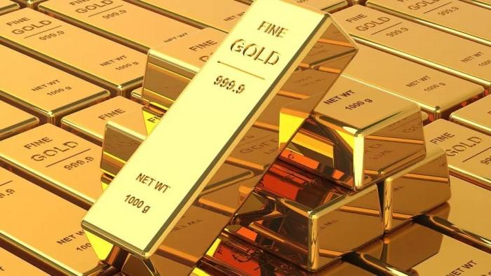 الذهب يهوي لأدنى مستوى في 5 أشهر بـ 1494 دولار