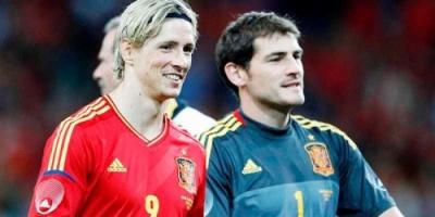 كاسياس يشكر توريس في يوم اعتزاله كرة القدم