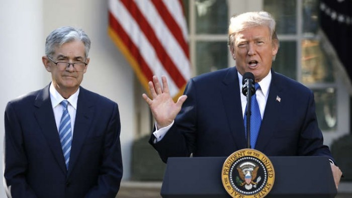"""""""ترامب"""" يهاجم المركزي الأمريكي والسبب.. حربه التجارية على الصين"""