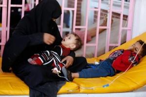 """أرقامٌ جديدة لـ""""الكوليرا الفتاكة"""".. أجسادٌ منهكة بين بطش الحوثي إهمال الشرعية"""