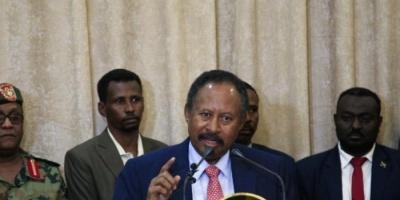 رئيس الوزراء السوداني الجديد يتفقد المناطق المتضررة من السيول