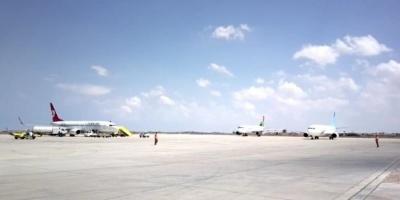 استئناف الرحلات بمطار معيتيقة الليبي بعد غلقه لساعات