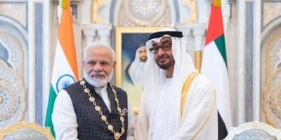 """الشيخ محمد بن زايد يقلد رئيس وزراء الهند بوسام """"زايد"""""""