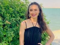 كارمن سليمان بإطلالة كاجوال في صور إجازاتها الصيفية