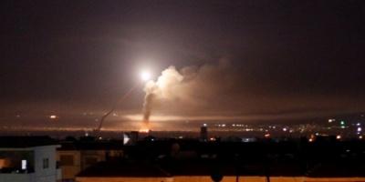 الدفاعات الجوية السورية تتصدى لأهداف معادية في سماء دمشق