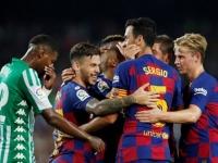 برشلونة يفوز على ريال بيتيس 5-2 في الدوري الإسباني