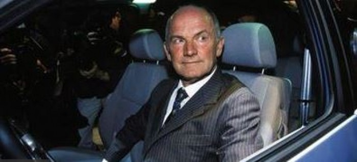 وفاة الملياردير النمساوي بيوتش عن عمر يناهز 82 عامًا