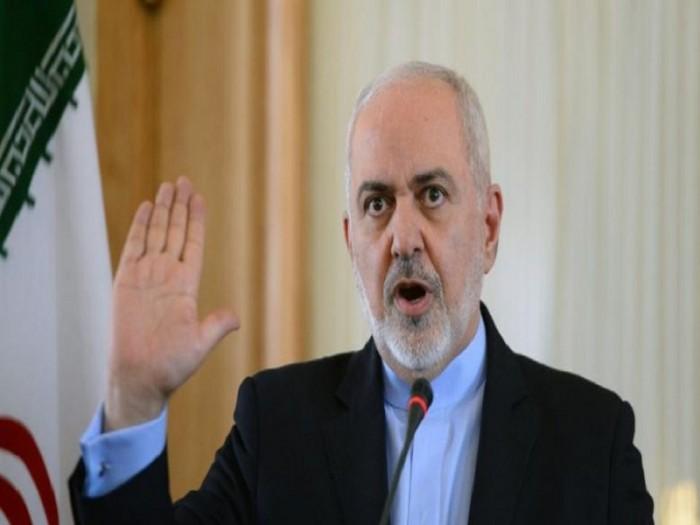 قائد بارز بالحرس الثوري الإيراني يتهم ظريف بالخيانة