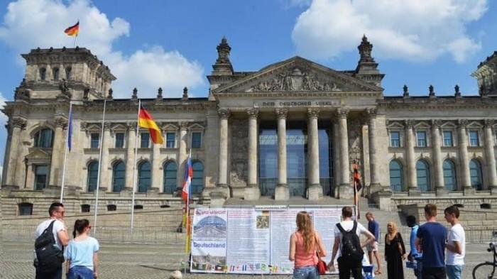 ألمانيا تحقق فائضآ بالمليارات رغم انكماشها الاقتصادي