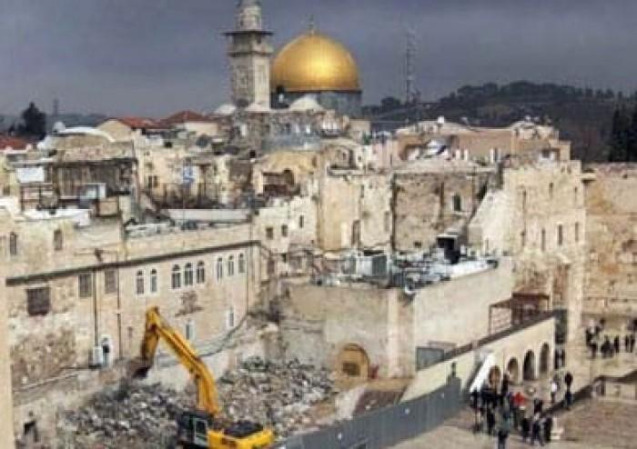 الاحتلال الإسرائيلي يقتحم مركز معلومات وادي حلوة بفلسطين