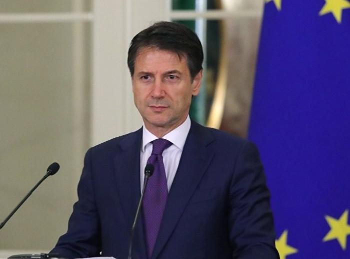 """حركة خمس نجوم تتوصل لاتفاق يبقي على """"كونتي"""" رئيسًا للحكومة الإيطالية"""