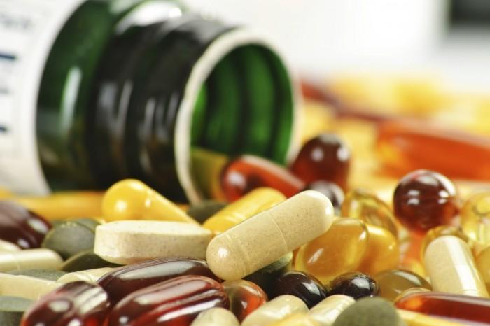 تعرّف على مدى خطورة تناول فيتامينات منتهية الصلاحية