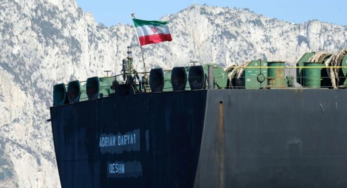 تركيا: ناقلة النفط الإيرانية في البحر المتوسط ستتجه إلى لبنان