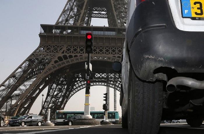 حي فرنسي يلجأ إلى هذه الحيلة للتخلص من المركبات المزعجة
