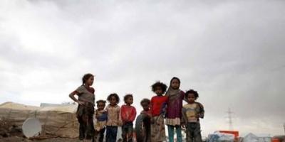 """""""صرخاتٌ لا يُسمع أنينها"""".. بطونٌ خاوية بين مطرقة الحوثي وسندان الشرعية"""