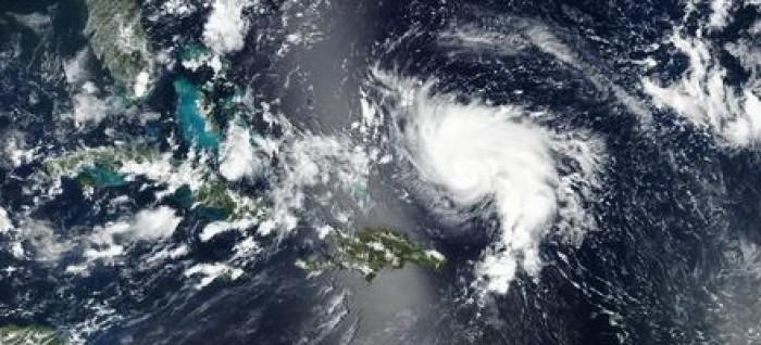 """""""دوريان"""" يضرب جزر الباهاما ويقترب من الولايات المتحدة"""