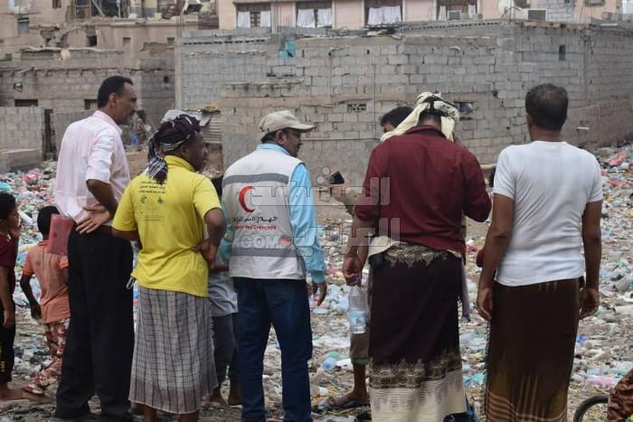 بدعم إماراتي.. تدشين حملة للنظافة في لحج (صور)