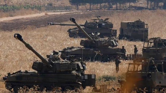 قيادي أحوازي: التصعيد بين حزب الله وإسرائيل هزلي!