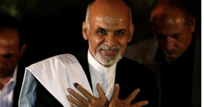 الرئيس الأفغاني يطالب باطلاع جميع الزعماء على تفاصيل مسودة اتفاق بين أمريكا والطالبان