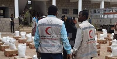 الإمارات تواجه إرهاب مليشيات الشرعية بحملات إنسانية لإغاثة الفقراء