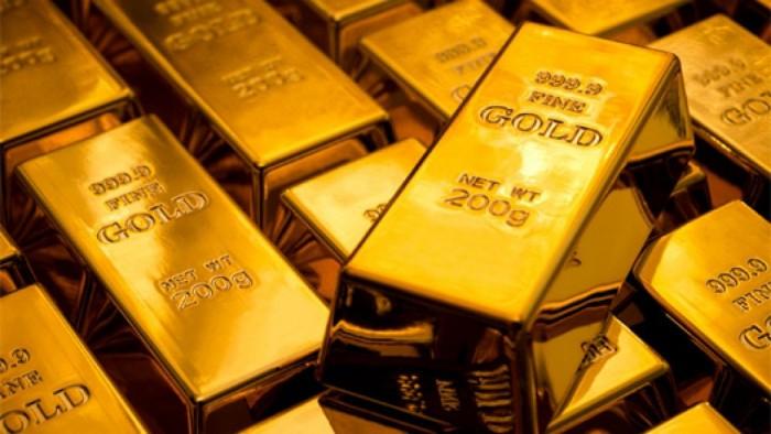 الذهب يتراجع تزامناً مع جني الأرباح ومخاوف الركود العالمي