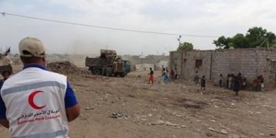 حملات نظافة في أبين.. إنسانية الإمارات تردع إرهاب الشرعية