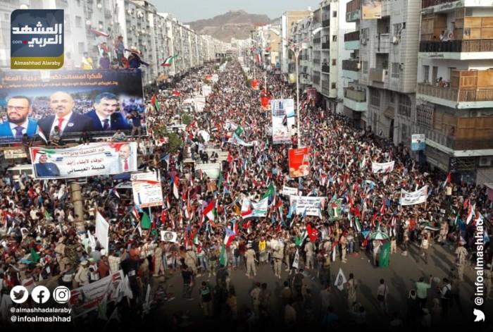 """حشود  """"الوفاء"""".. قبلة على جبين الإمارات وصفعة في وجه إخوان الشرعية"""
